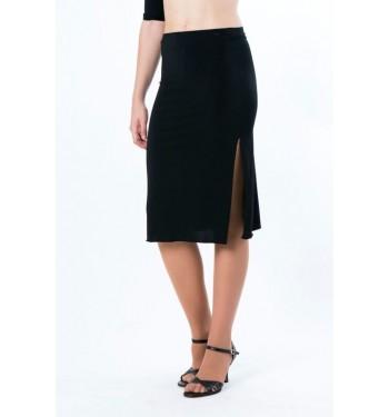 Falda con aberturas laterales