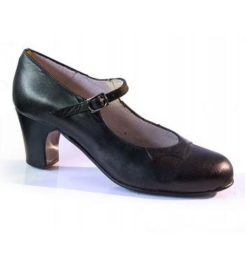 Zapato basico Begoña Cervera con hebilla